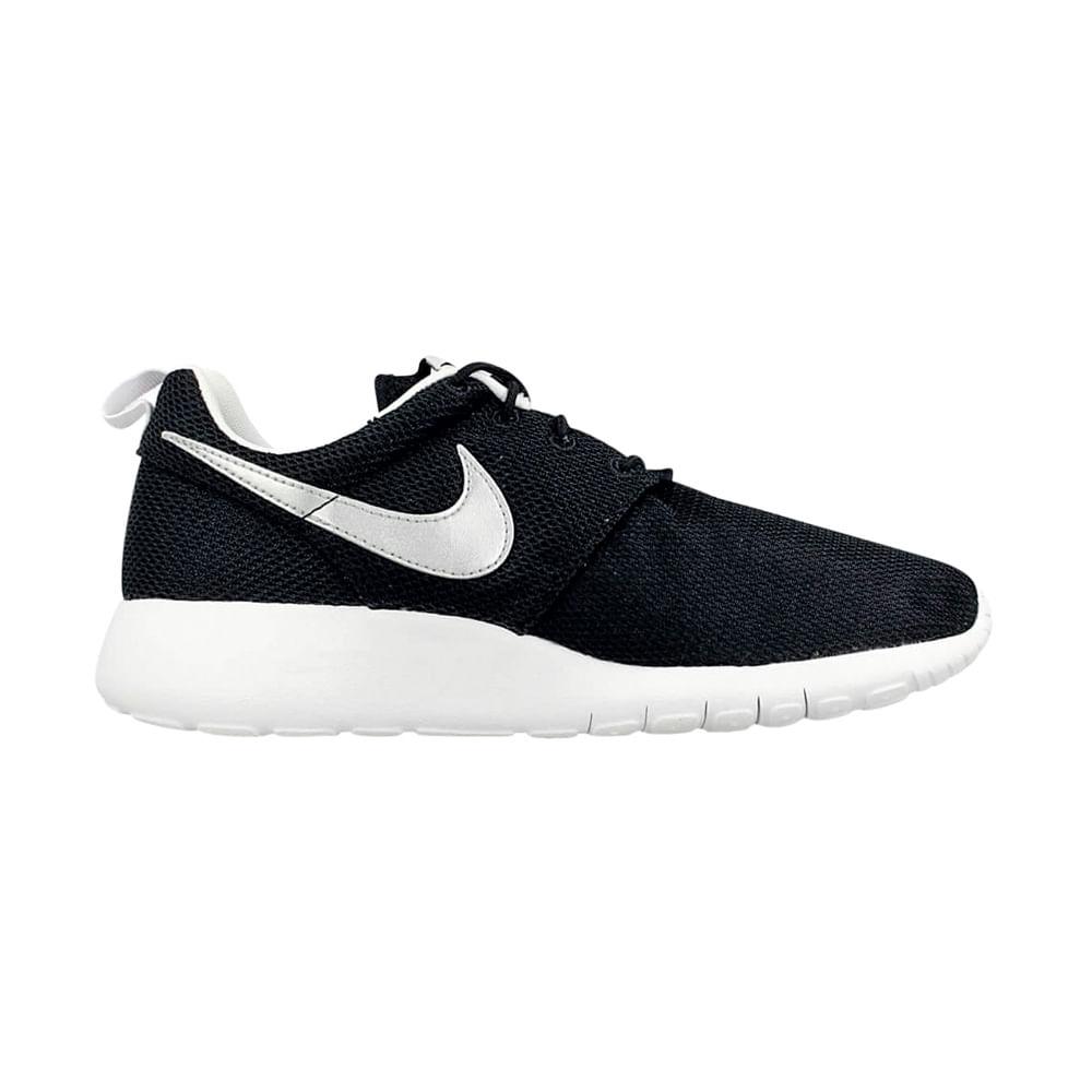 3a0963997 Zapatillas Nike ROSHE ONE BG 599728-021 Negro Plata - passarelape